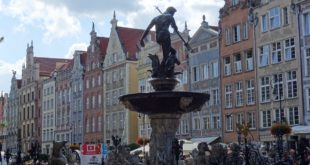 neptune fountain in gdansk poland